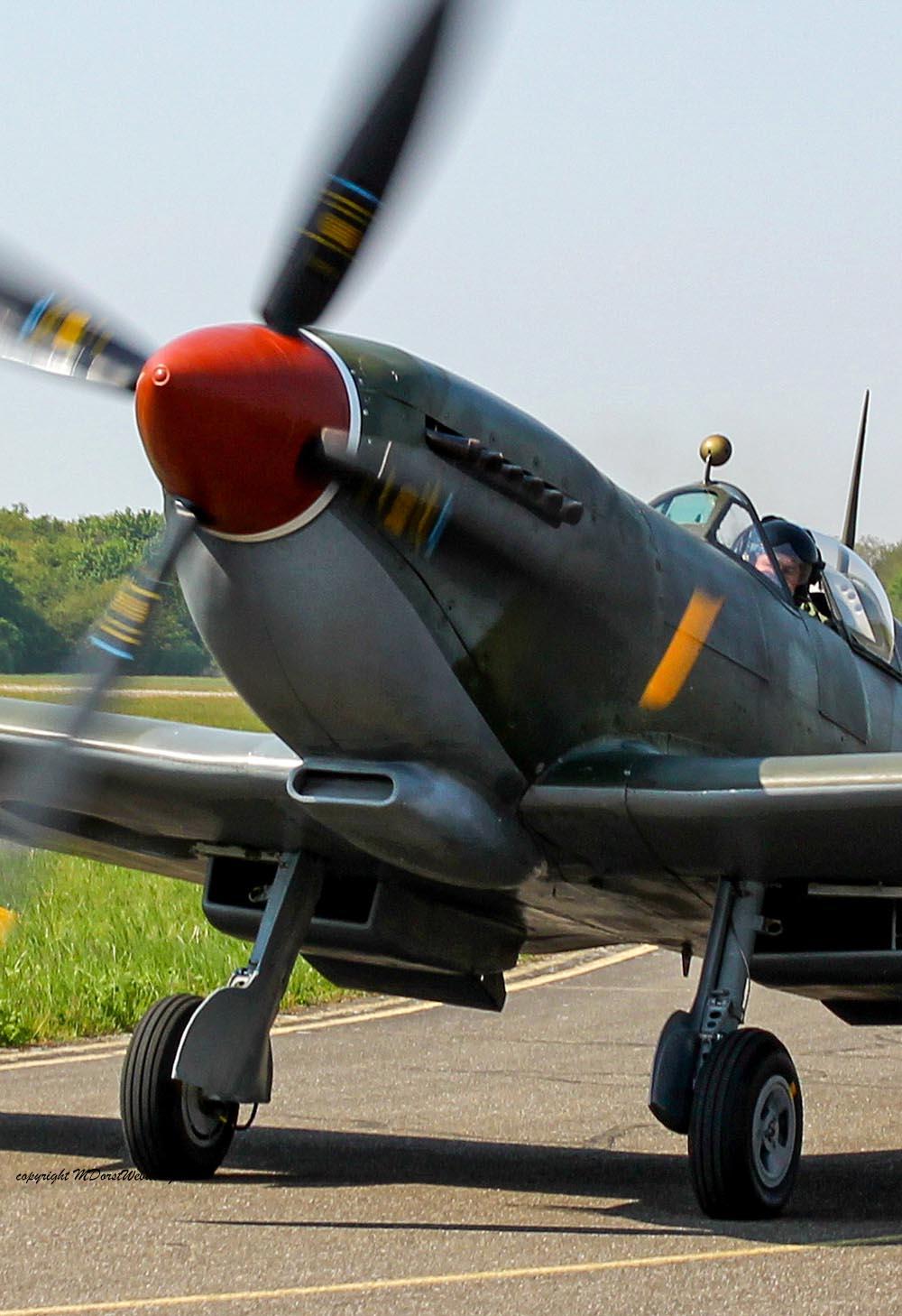 Spitfire_MkXVI_TE184_2011-04-2022.jpg