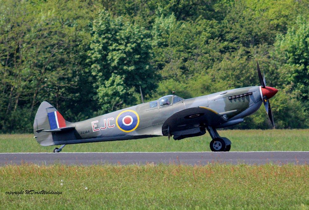 Spitfire_MkXVI_TE184_2011-04-2029.jpg