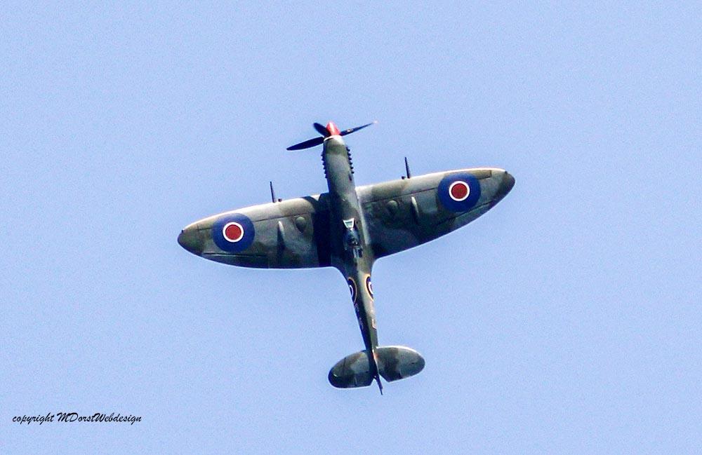 Spitfire_MkXVI_TE184_2011-04-2032.jpg