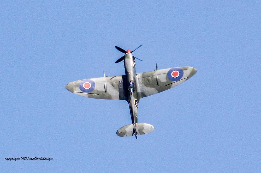 Spitfire_MkXVI_TE184_2011-04-2034.jpg