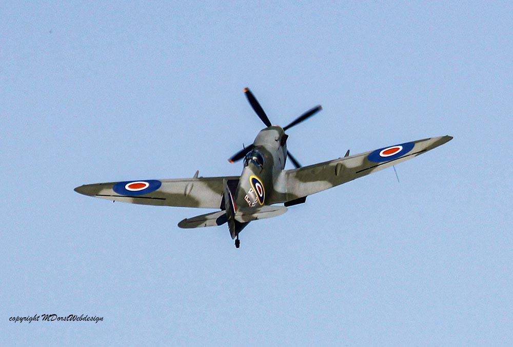 Spitfire_MkXVI_TE184_2011-04-2036.jpg