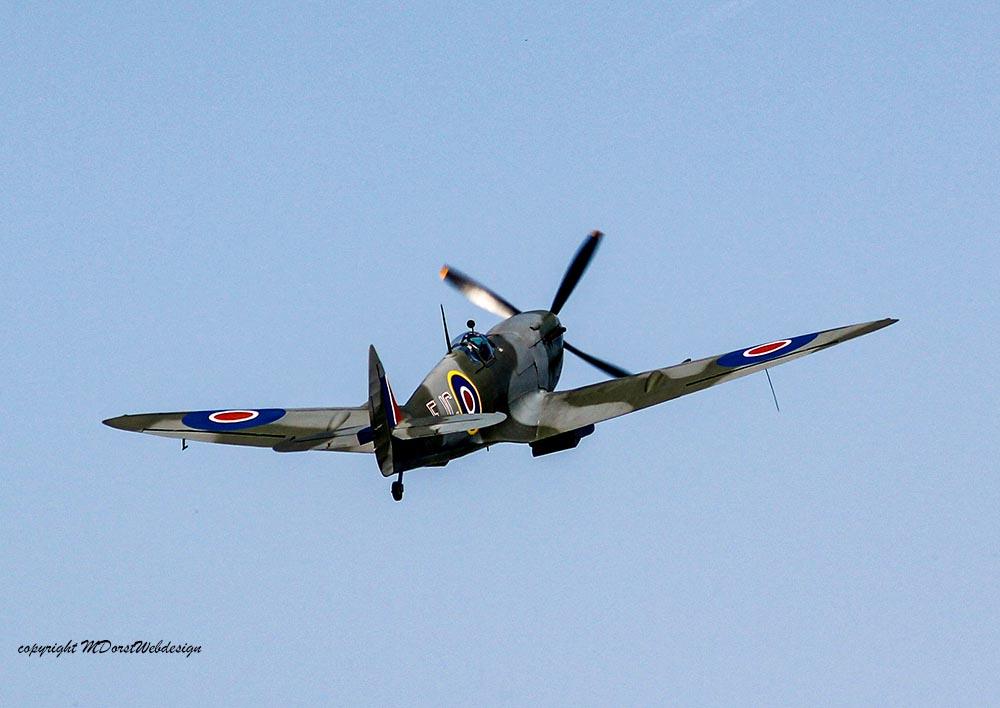 Spitfire_MkXVI_TE184_2011-04-2037.jpg