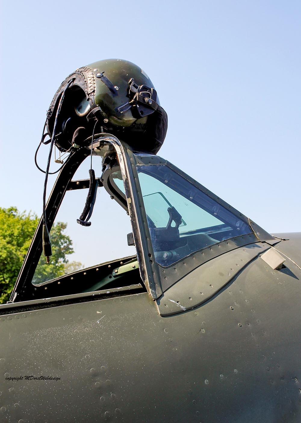 Spitfire_MkXVI_TE184_2011-04-204.jpg