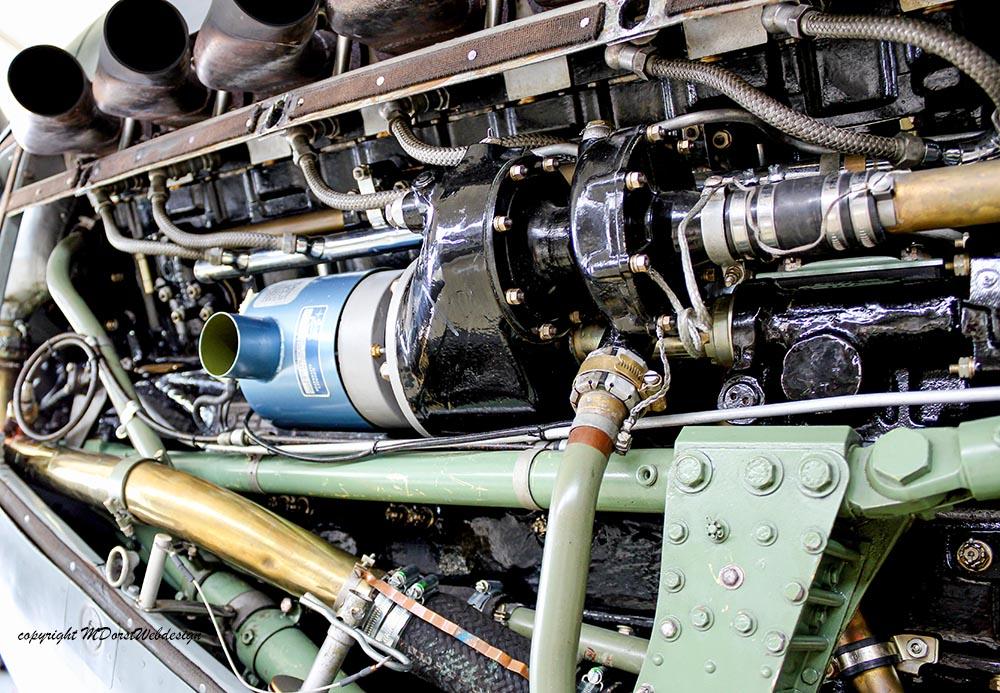 Spitfire_MkXVI_TE184_2011-05-2010.jpg