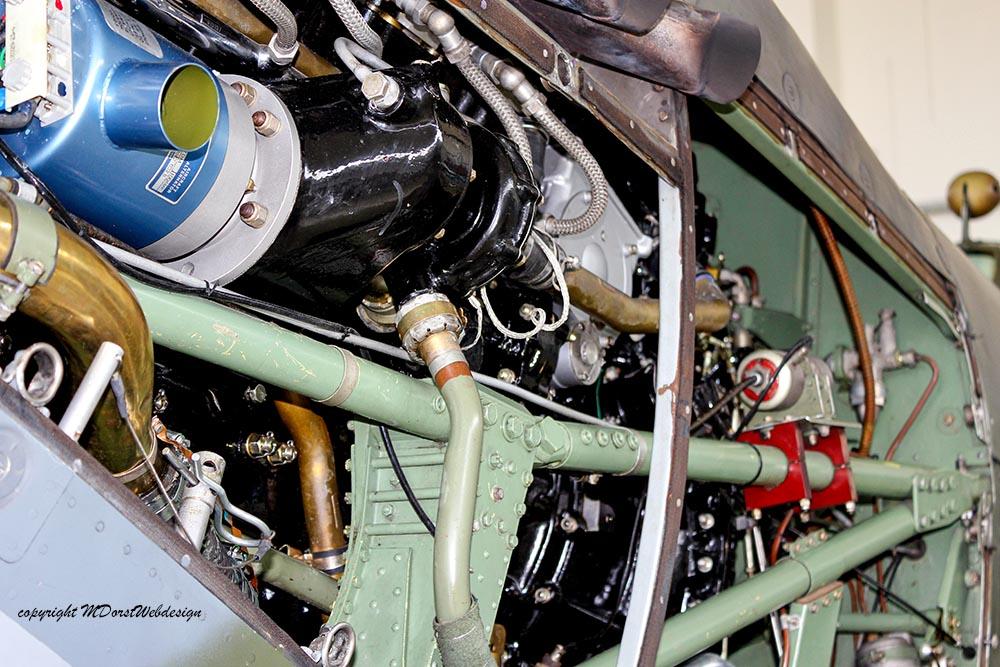 Spitfire_MkXVI_TE184_2011-05-2013.jpg