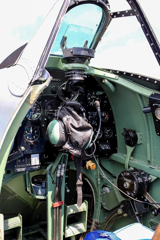 Spitfire_MkXVI_TE184_2011-05-206.jpg