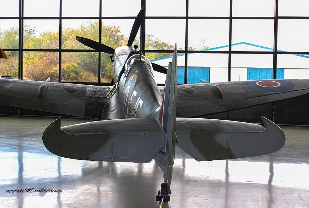 Spitfire_MkXVI_TE184_2011-10-281.jpg