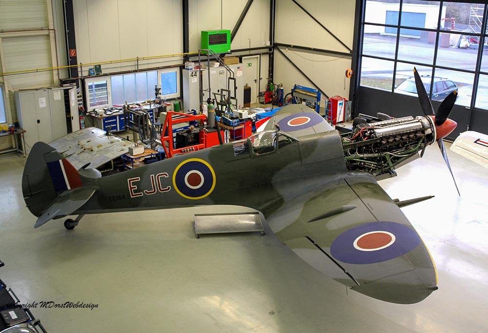 Spitfire_MkXVI_TE184_2012-01-201.jpg