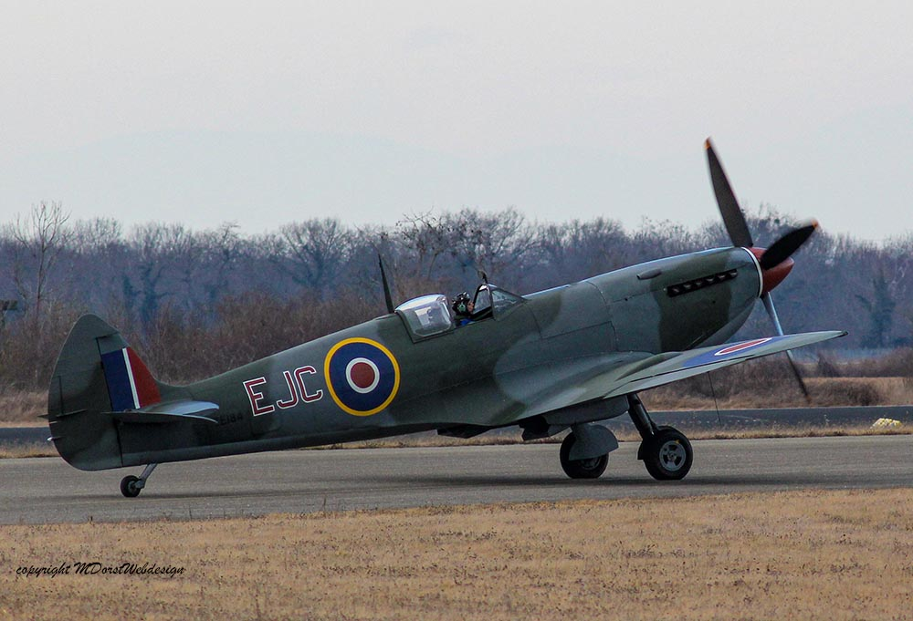 Spitfire_MkXVI_TE184_2012-02-2428.jpg