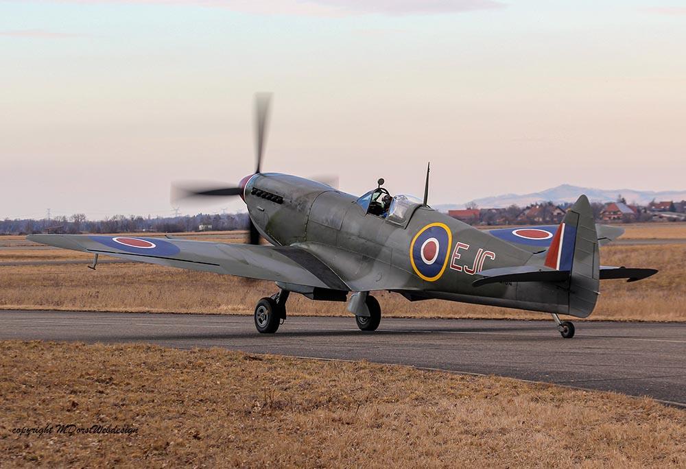 Spitfire_MkXVI_TE184_2012-02-2430.jpg