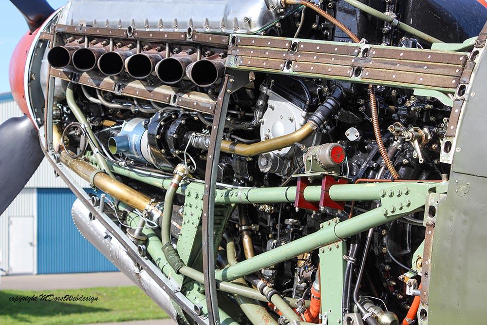 Spitfire_MkXVI_TE184_2012-10-0517.jpg