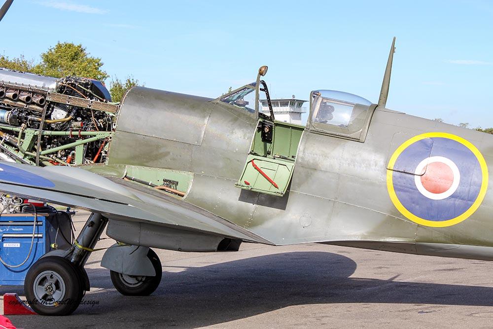 Spitfire_MkXVI_TE184_2012-10-0518.jpg