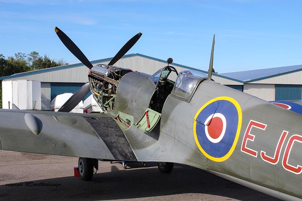 Spitfire_MkXVI_TE184_2012-10-0519.jpg