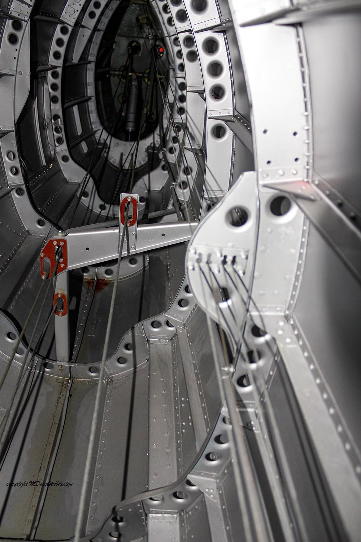 Spitfire_MkXVI_TE184_2012-10-052.jpg