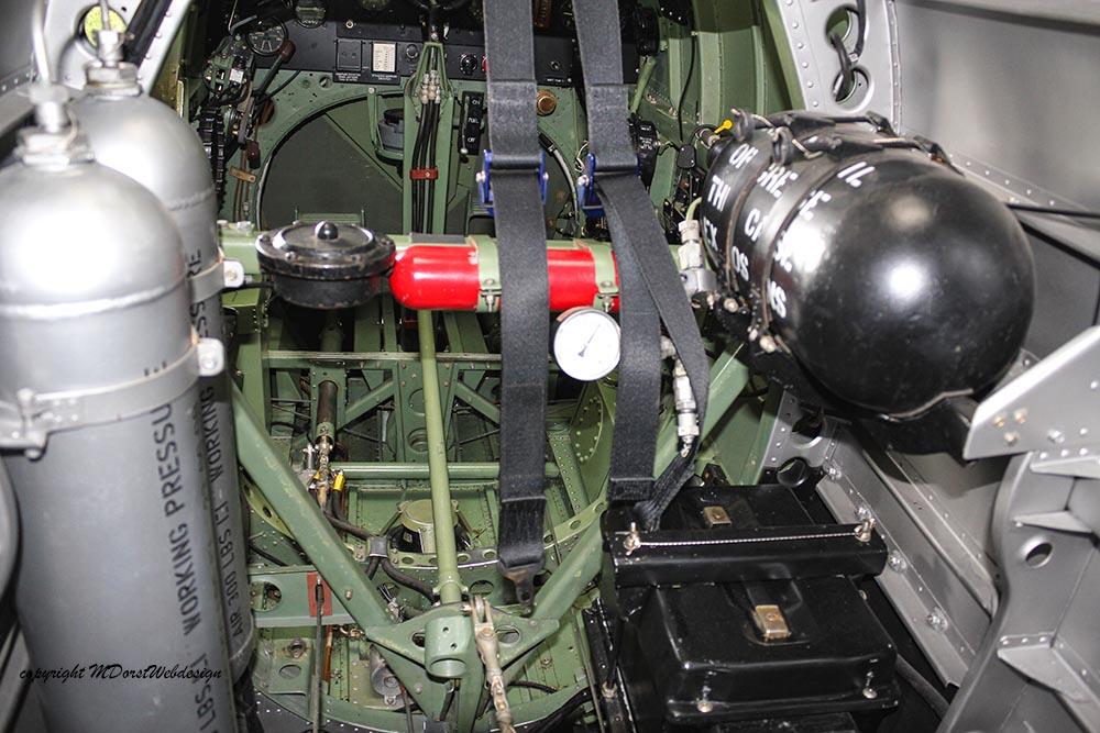 Spitfire_MkXVI_TE184_2012-10-057.jpg