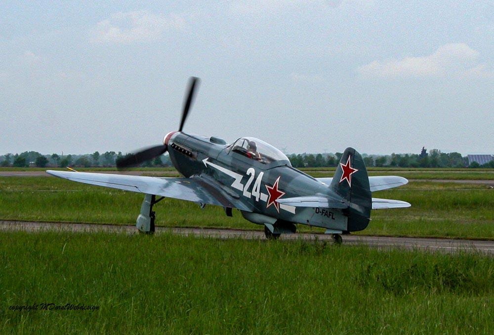 Yak-3_D-FAFL_2010-04-3010.jpg