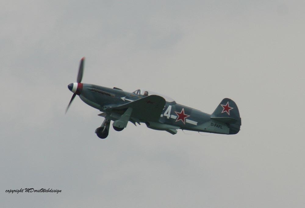 Yak-3_D-FAFL_2010-04-303.jpg