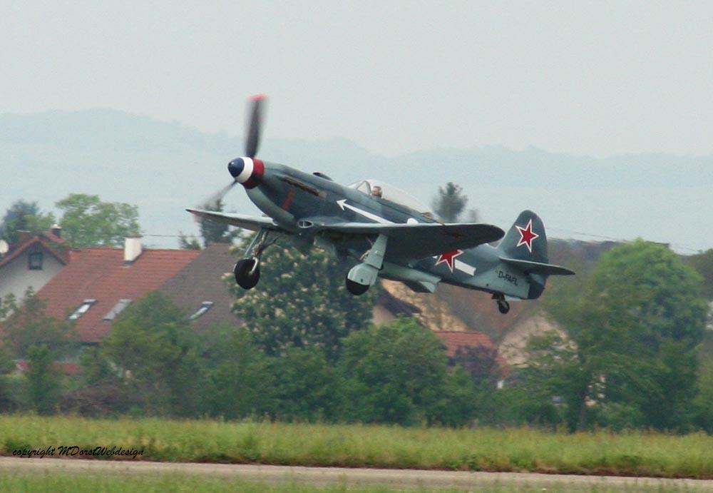 Yak-3_D-FAFL_2010-04-305.jpg