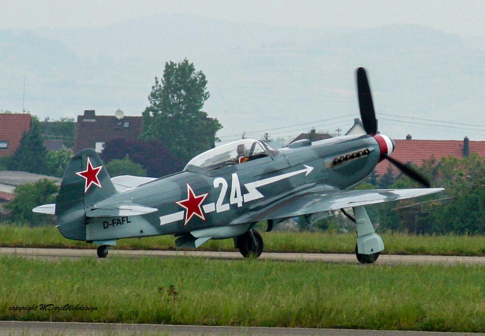 Yak-3_D-FAFL_2010-04-308.jpg