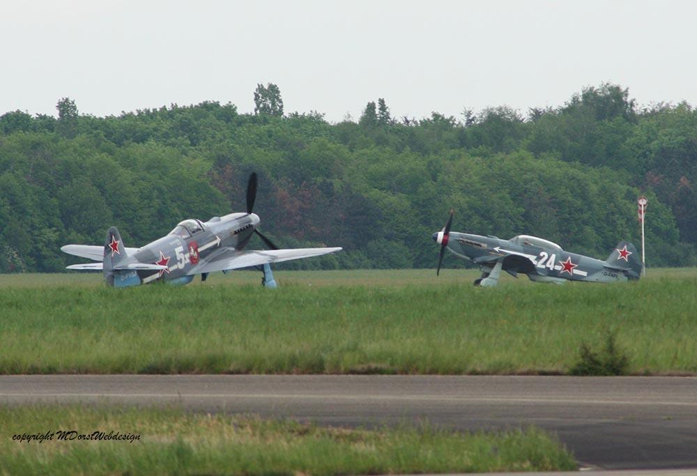 Yak-3_D-FAFL_Rotte_2010-04-301.jpg
